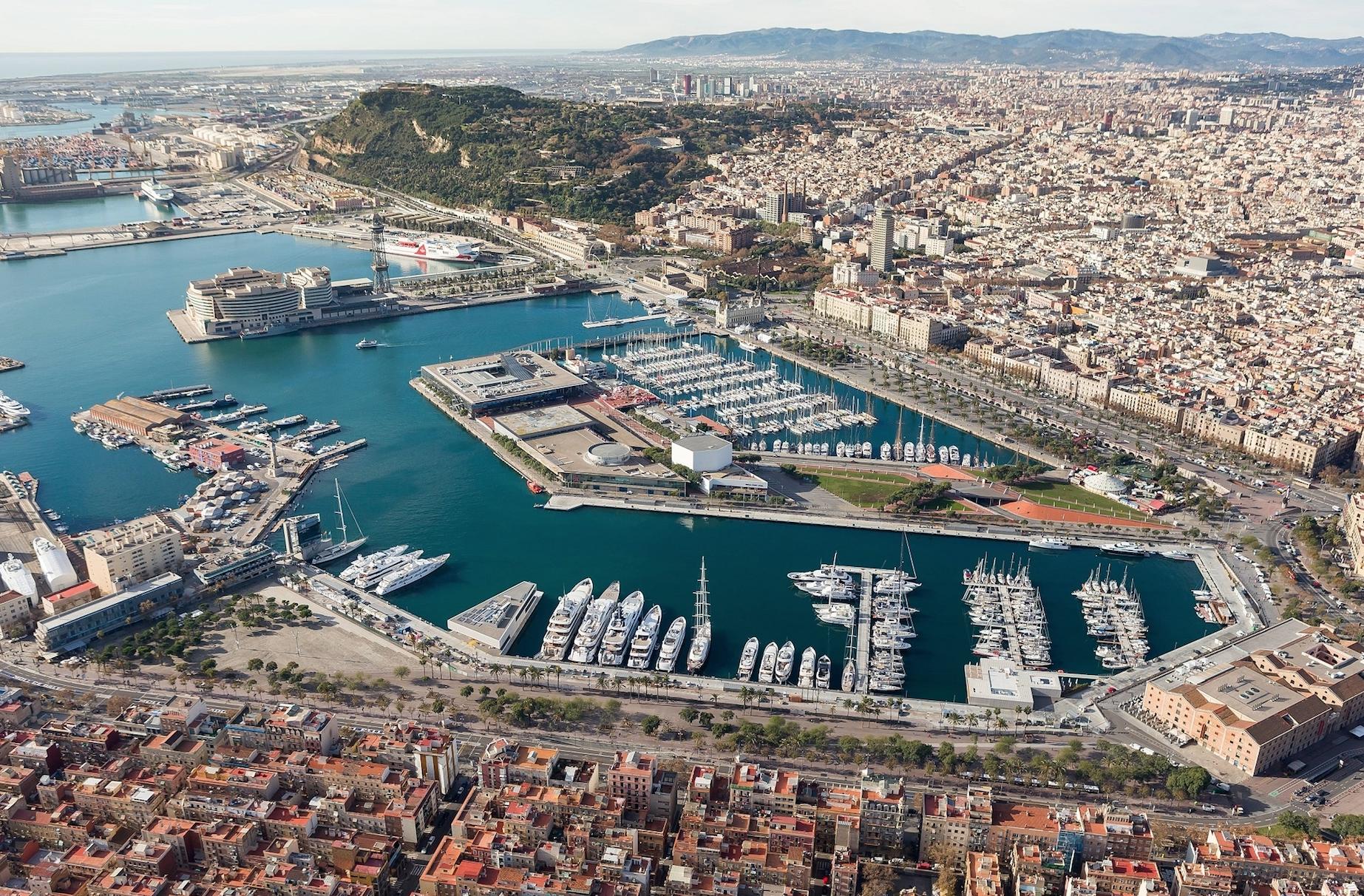 Барселона. Морской порт.