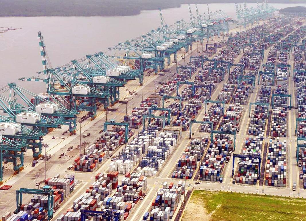 Международный порт Яньтянь в Шэньчжэне полностью восстановил свою работу