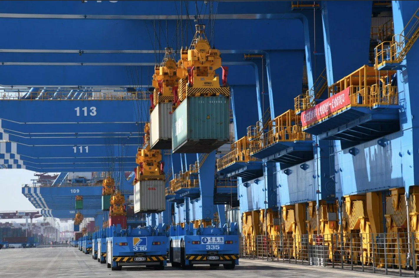 Автоматизация контейнерных терминалов в Китае